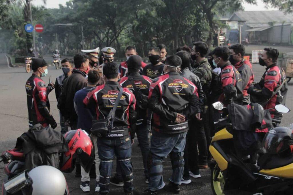 Aerox-155-Riders-Club-Indonesia-(ARCI)-Tangerang-Chapter-Mengadakan-Santunan-dan-Muschap (4)