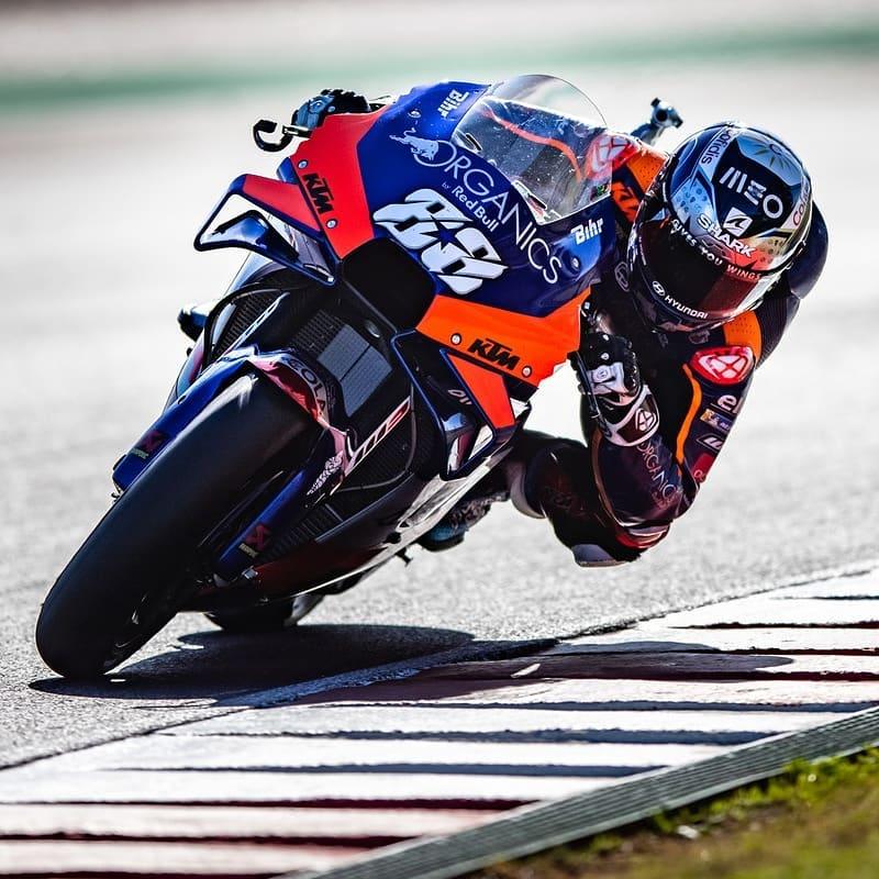 Hasil-MotoGP-Portugal -KTM-Miguel-Oliveira-Menang-Tidak-Bisa-Terkejar (2)