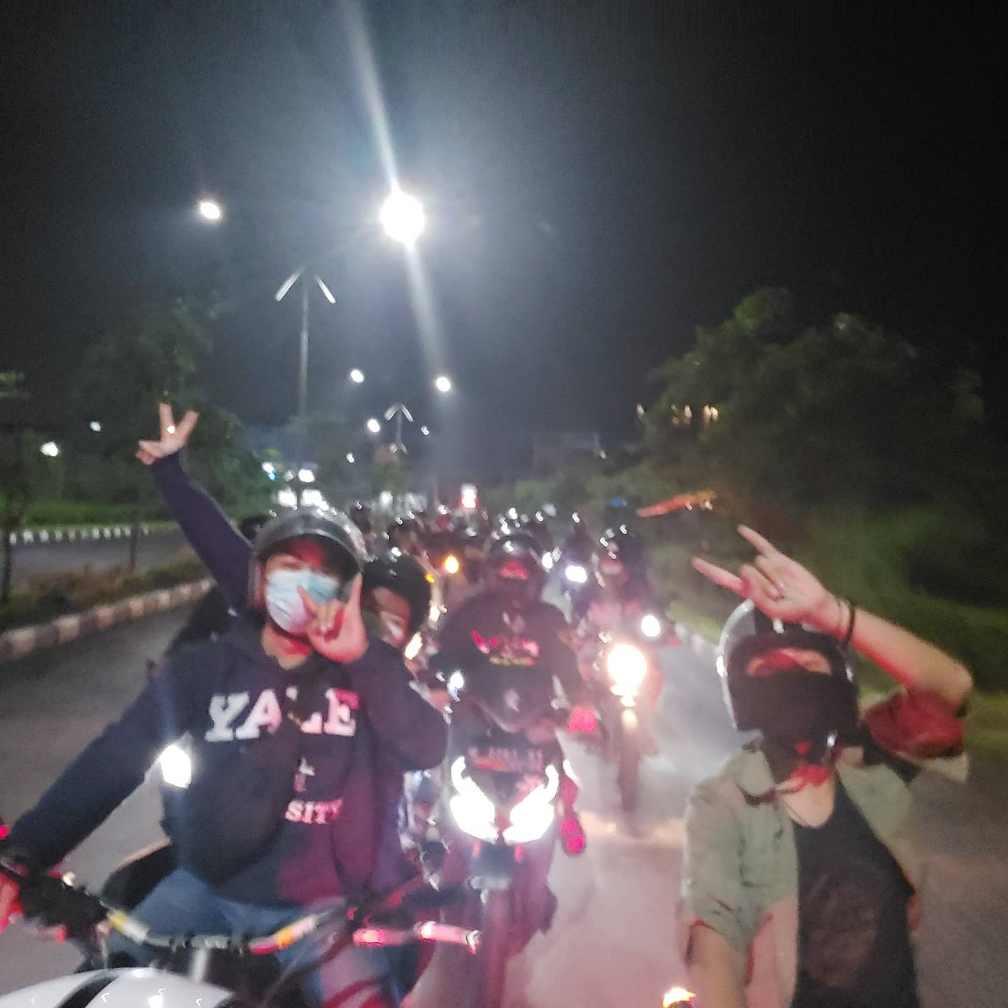 WRC-Night-Ride-Keliling-Kota-Sidoarjo (2)