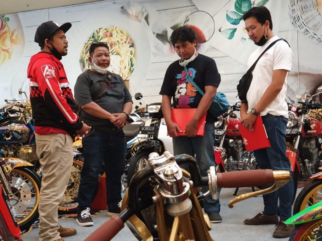 Kompetisi-Modififkasi-Moto-Rex-Surabaya-Di-Sambut-Antusias-4