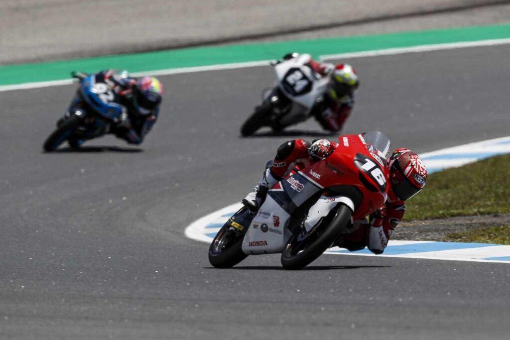 Mario Suryo Aji Finish Posisi 4 diajang FIM CEV Moto3 Junior World Championship