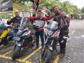Bikers-Asal-Inggris-Mampir-Ke-Wahana-Big-Wing-Jakarta