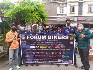 Yamaha-Lawas-Jakarta-Baksos-Bareng-Forum-Bikers-di-Kalimalang-Bekasi (2)