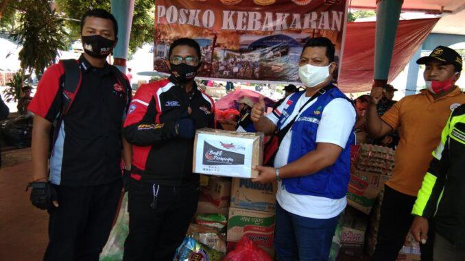 BAKTI-SOSIAL-DI-SELENGGARAKAN-OLEH-KOLABORASI-KOMUNITAS-INDONESIA-TIMUR (3)
