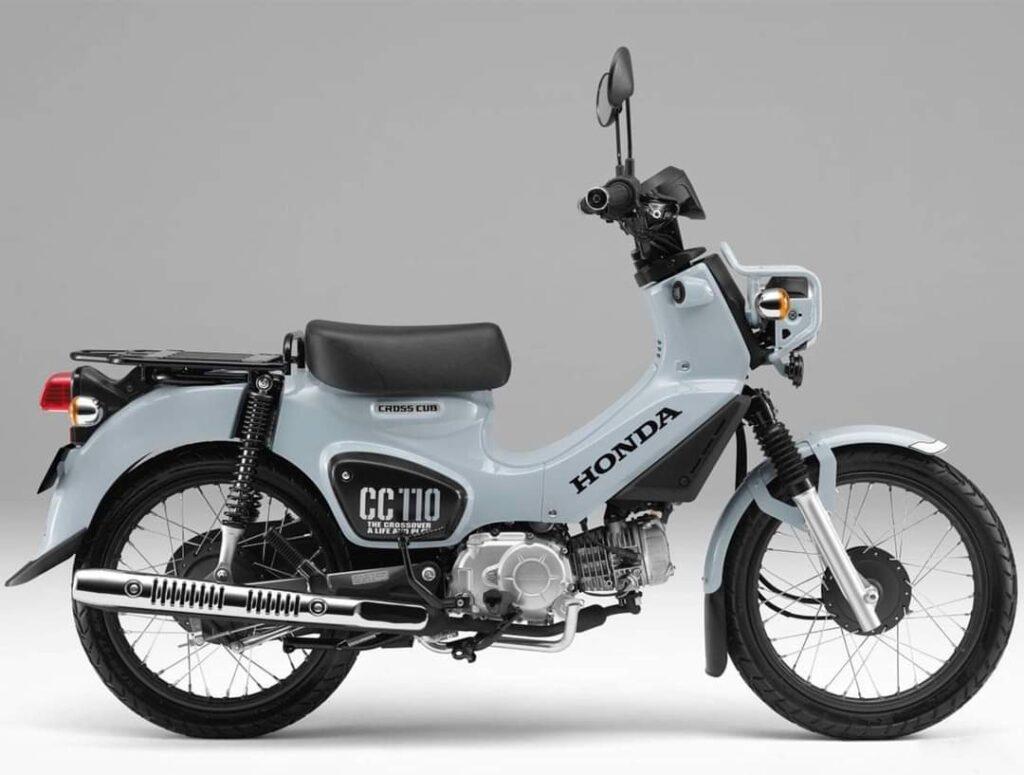 Motor-Bebek-Imut-Imut-Namanya-Honda-Puko-Blue-CC-110 (2)